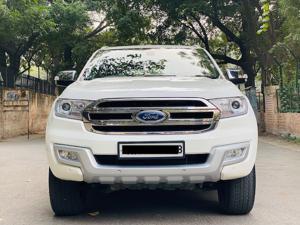 Ford Endeavour Titanium 3.2 4x4 AT (2018)