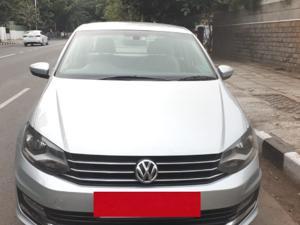 Volkswagen Vento 1.6L MT Highline Petrol (2016) in Chennai