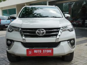 Toyota Fortuner 3.0 4x4 AT (2016) in Malegaon