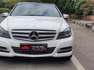 Mercedes Benz C Class 220 CDI Avantgarde (2014) in New Delhi