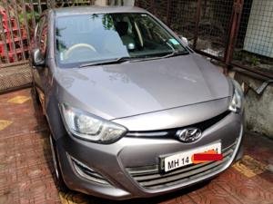 Hyundai i20 Magna(O) Petrol (2014) in Pune