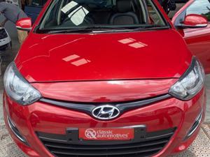 Hyundai i20 Magna(O) Petrol (2013) in Hubli