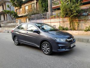 Honda City V 1.5L i-VTEC (2017) in New Delhi
