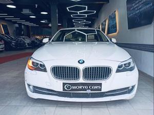 BMW 5 Series 520d Sedan (2012)