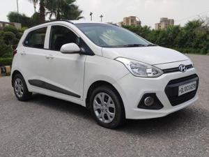 Hyundai Grand i10 Sportz 1.1 U2 CRDi Diesel (2015) in New Delhi