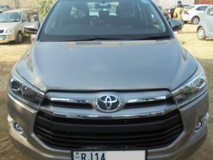 Toyota Innova 2.5 V 7 STR (2020)