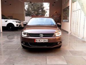 Volkswagen Jetta Highline TDI (AT) (2014)