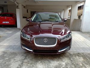 Jaguar XF 3.0 V6 Premium Luxury