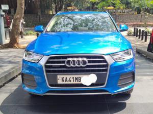 Audi Q3 35 TDI Premium + Sunroof