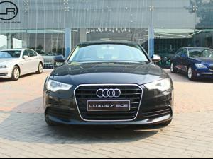 Audi A6 2.0 TDI Premium (2012)