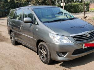 Toyota Innova 2.5 G (Diesel) 8 STR Euro4 (2013) in Pune