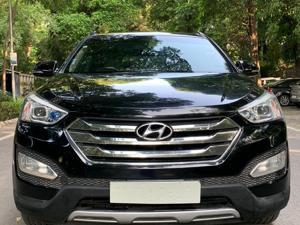 Hyundai Santa Fe 4 WD (AT) (2014)