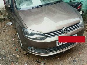 Volkswagen Vento 1.6L MT Highline Petrol (2015) in Chennai