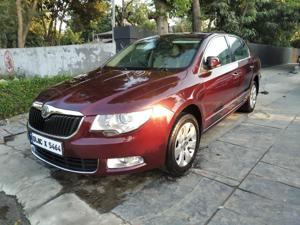 Skoda Superb 1.8 TSI MT Elegance (2012)