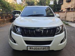 Mahindra XUV500 W10 FWD (2016) in Mumbai