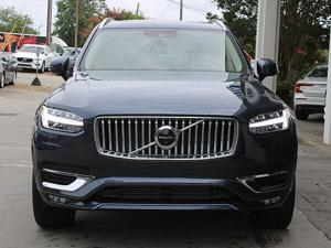 Volvo XC90 D5 AWD (2019) in Noida
