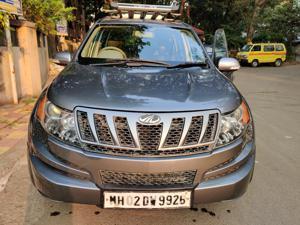Mahindra XUV500 W4 FWD (2015) in Pune