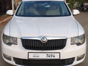 Skoda Superb 2.0 TDI CR AT Elegance (2013) in Pune