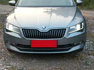 Skoda Superb 2.0 TDI CR AT Ambition (2017)