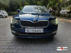 Skoda Superb L&K TDI AT (2014) in New Delhi