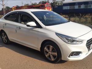 Hyundai Verna Fluidic 1.6 VTVT SX (2019) in New Delhi