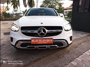Mercedes Benz GLC 300 (2019)