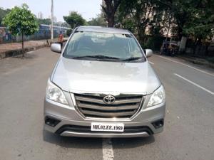 Toyota Innova 2.5 GX (Diesel) 8 STR Euro4 (2016) in Mumbai