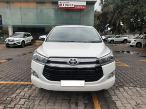 Toyota Innova Crysta 2.4 ZX 7 STR (2016) in Bangalore