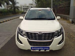 Mahindra XUV500 W11 (2019)
