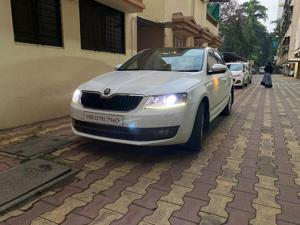Skoda Octavia Style Plus 1.8 TSI AT Anniversary LE (2015) in Pune