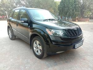 Mahindra XUV500 W6 FWD (2012) in New Delhi