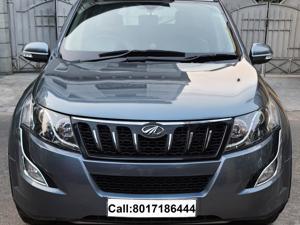 Mahindra XUV500 W10 FWD
