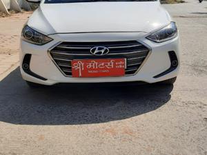 Hyundai Neo Fluidic Elantra 2.0 SX MT