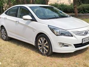 Hyundai Verna Fluidic 1.6 VTVT SX Opt