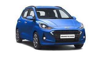 Hyundai Grand i10 Nios Vs Hyundai Santro