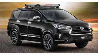 Toyota Innova Crysta facelift new accessories detailed