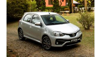 2016 Toyota Etios Liva launched at Rs 5.24 lakh
