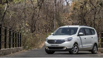 Renault Lodgy's RxZ variant discontinued