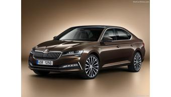 Skoda Superb facelift makes official debut
