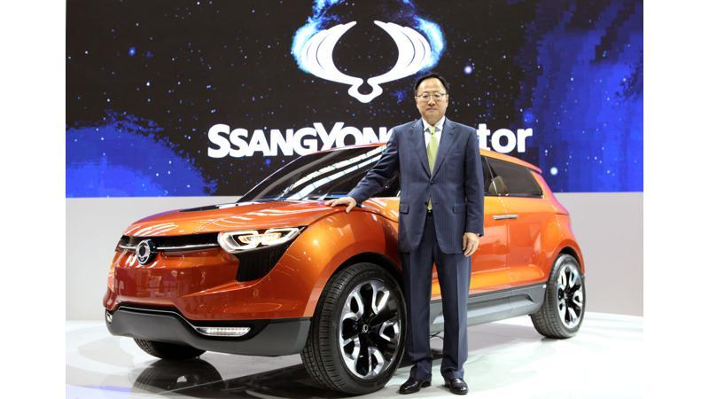 Concept comparo: Ssanyong LIV-1 concept Vs Tata Nexon concept