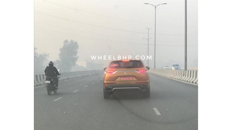 DS 7 Crossback spotted on test in India