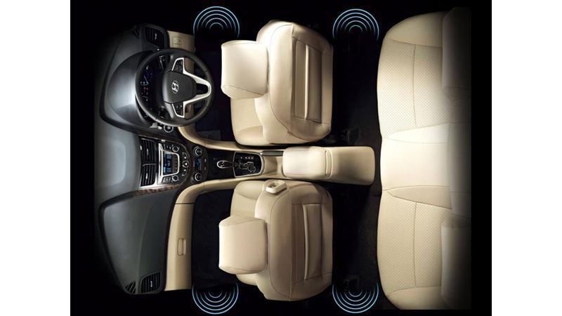 Hyundai 4S Fluidic Verna