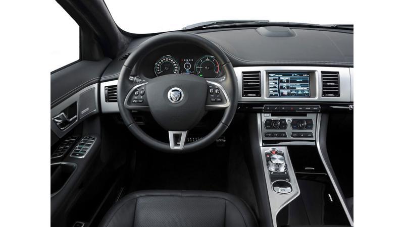 Jaguar XJ L