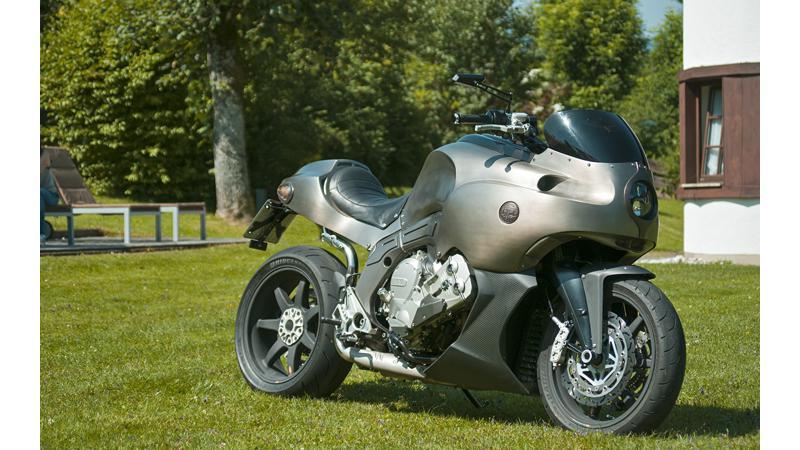 La Bulla Custom BMW K1600Gt revealed by Valtaron