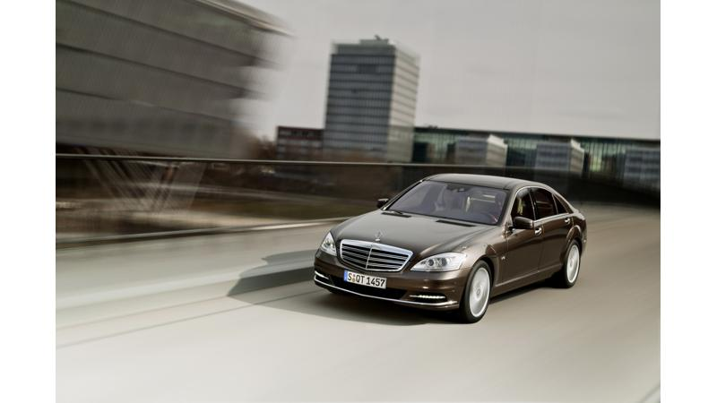 Mercedes-Benz to introduce its 2014 S Class on May 15th