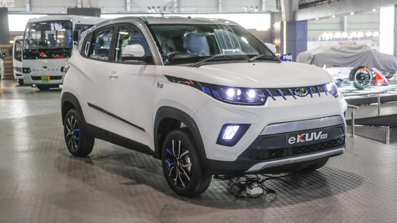 Mahindra eKUV100