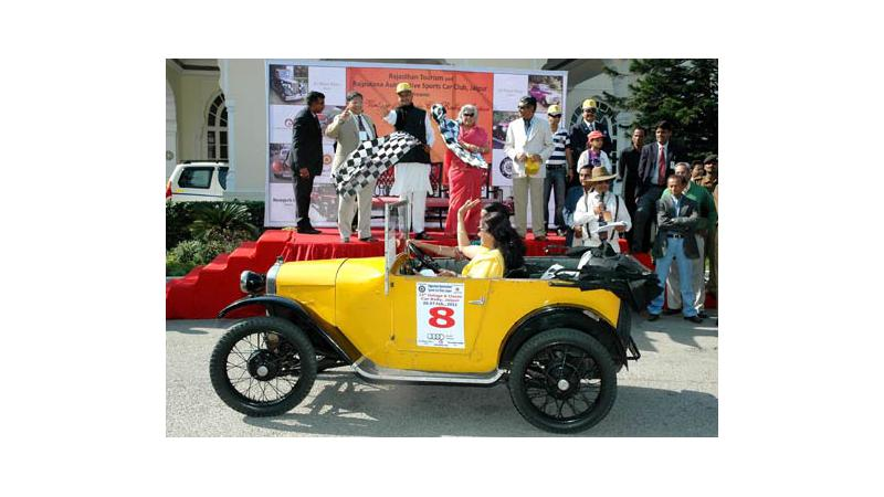 15th edition of Vintage Car Show in Jaipur leaves visitors spellbound
