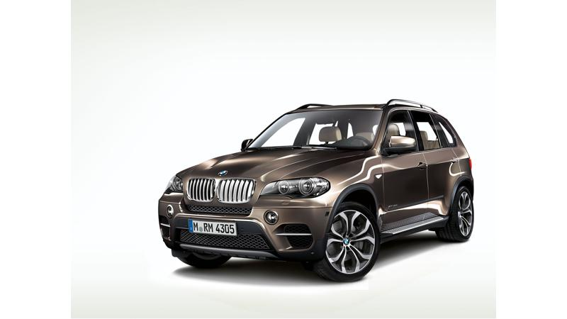 BMW unveils the third-generation of X5 with cutting-edge technologies