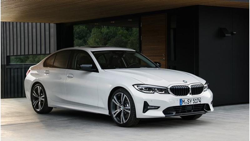 BMW launches 330i Sport in India at Rs 41.70 lakh