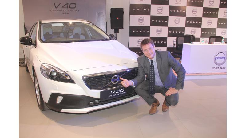 Volvo V40 Cross Country petrol launched in India at Rs. 27 lakh